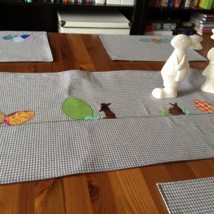 Easter Tablerunner