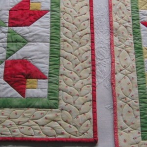 Tulip Table Runner & Square
