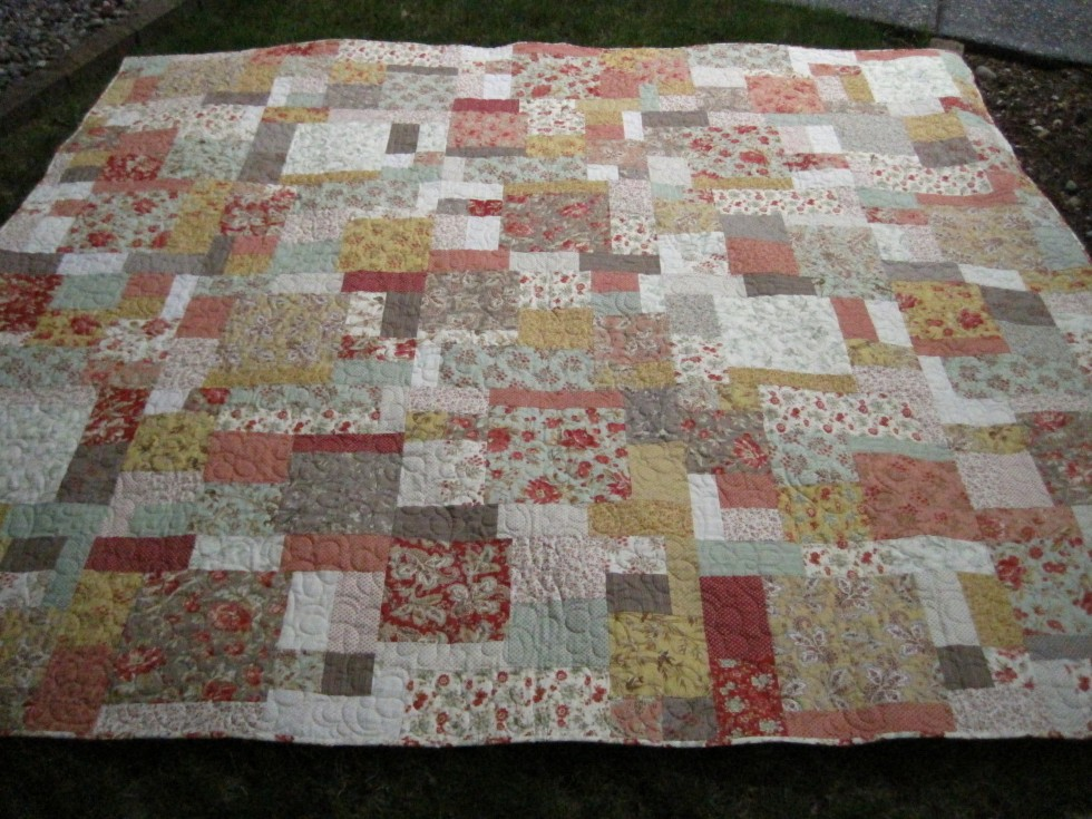 Peggy's Quilt #12 - Cottage Romance