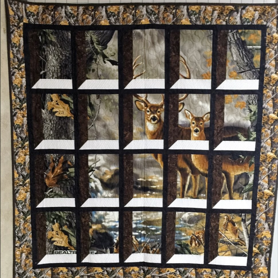 Attic Window Deer Panel Quilt