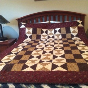 Tucker auction quilt