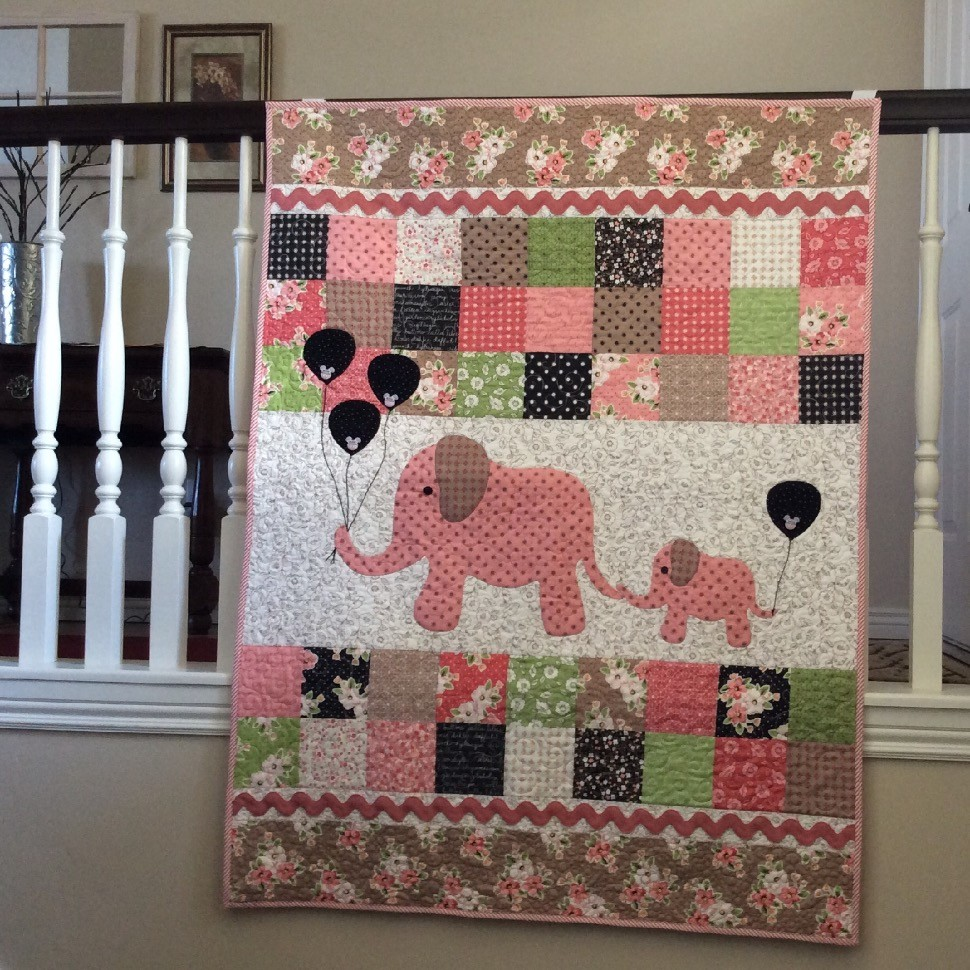 Mama Amp Baby Elephants For A Baby Girl Quilt Quiltsby Me