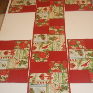 xmas Table Runner and Place Mats