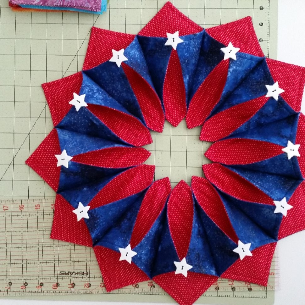 4th of July Table Topper