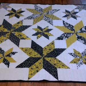 black and gold Variable Star Quilt