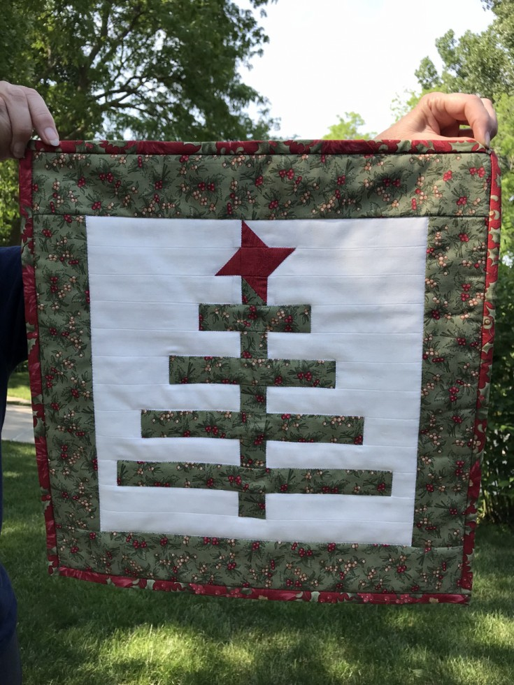 Christmas Tree Mini-Quilt