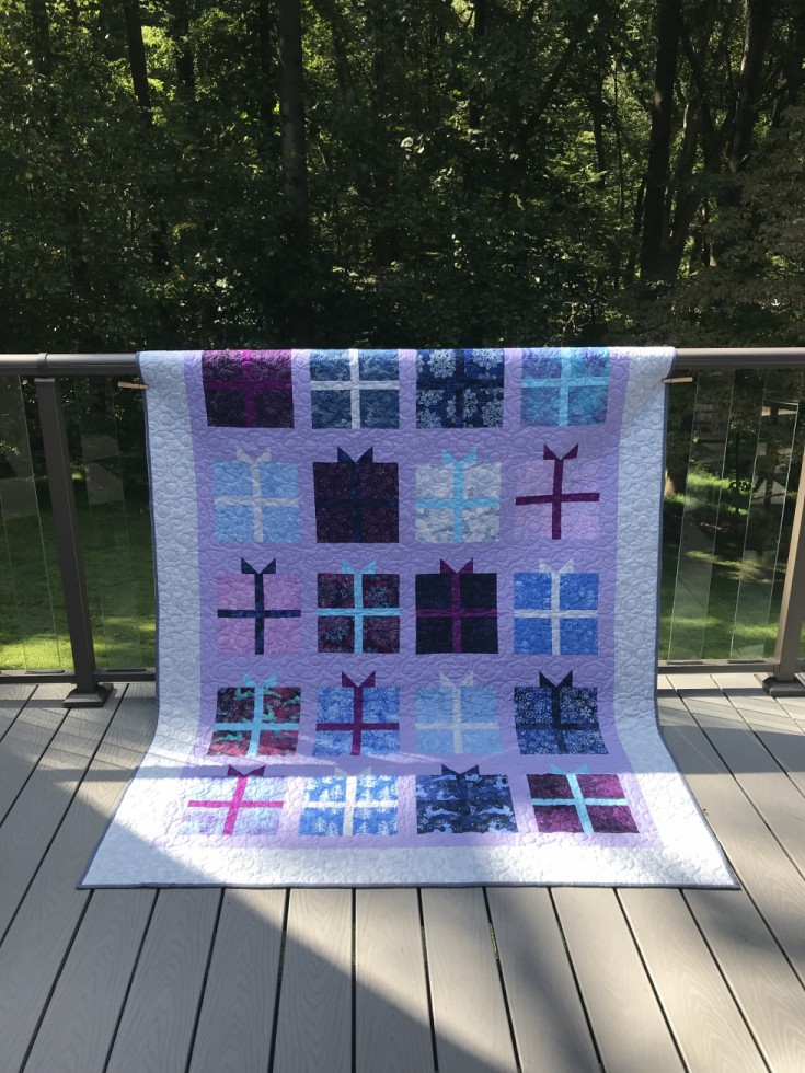 Winter Moon Present Quilt