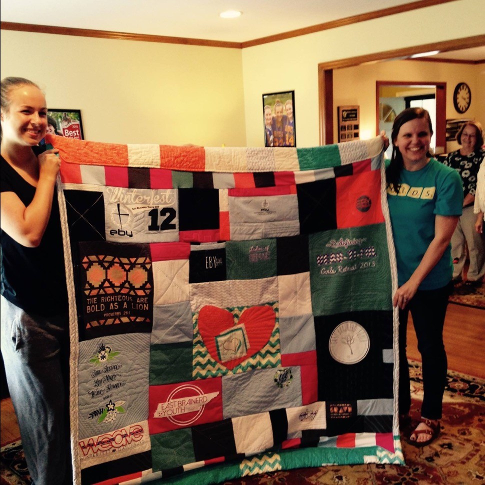 T-shirt Quilt J Collection