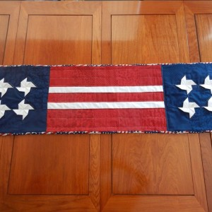 3D pinwheel table runner