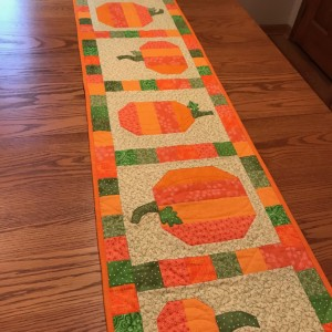 PUMPKIN SPICE TABLE RUNNER