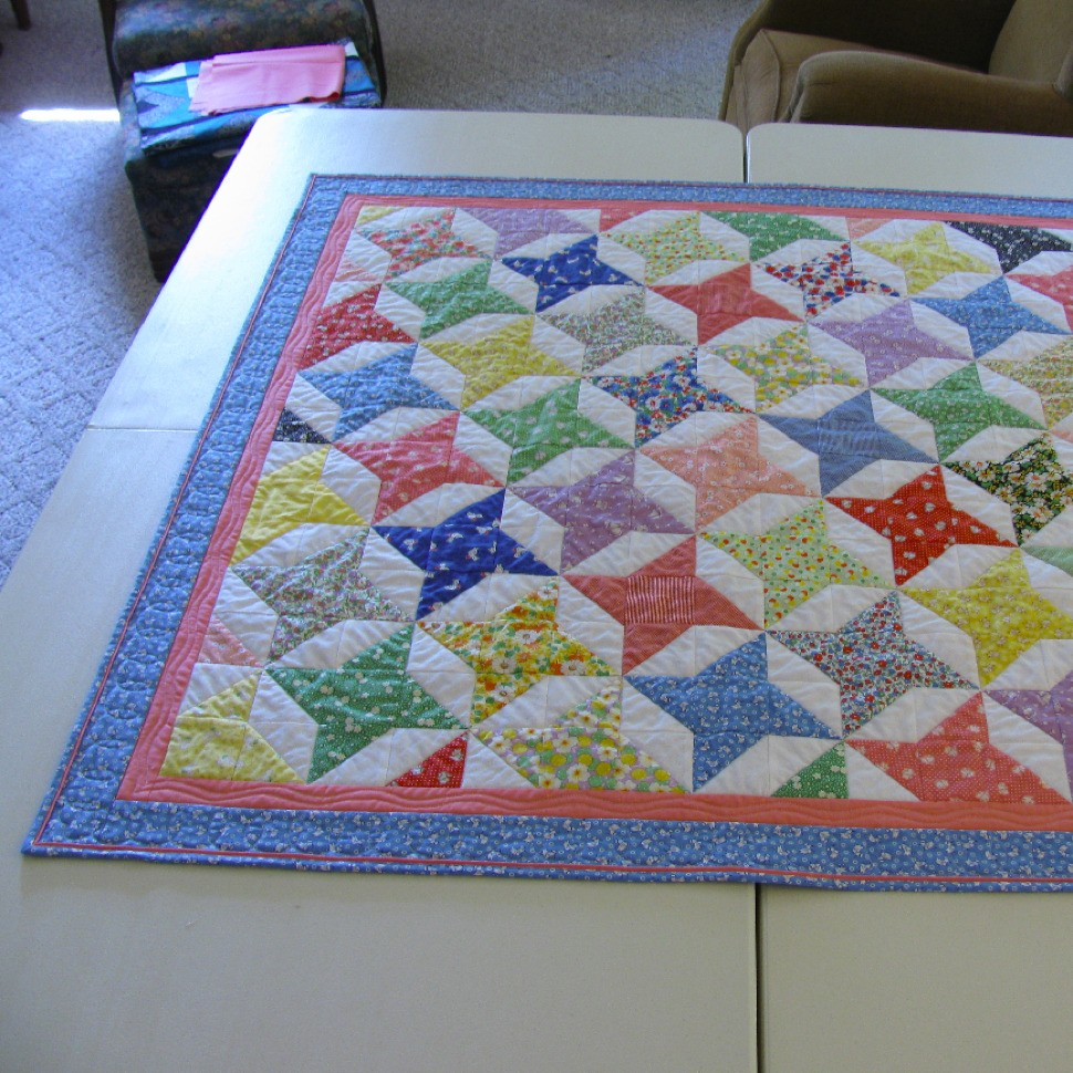 Friendship Star Baby Quilt