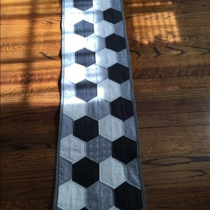 Hexie Table Runner