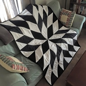 Black & White Half Square Triangle