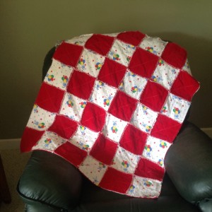 Red & White Rag quilt