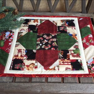 Holly Jolly Quatrefoil Christmas Table Topper